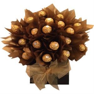 Caja con Chocolate Ferrero Roche