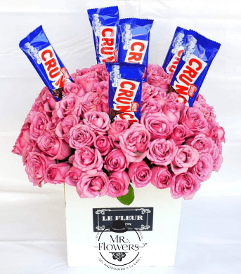 Arreglo con 75 Rosas y Chocolate Crunch